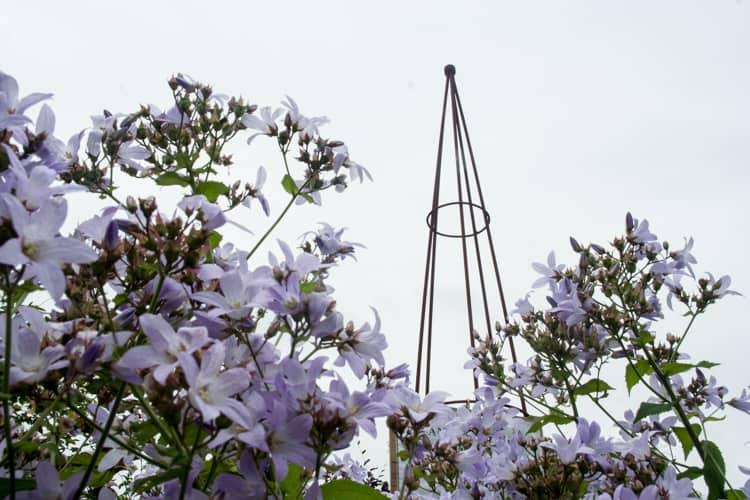 IJzeren obelisk